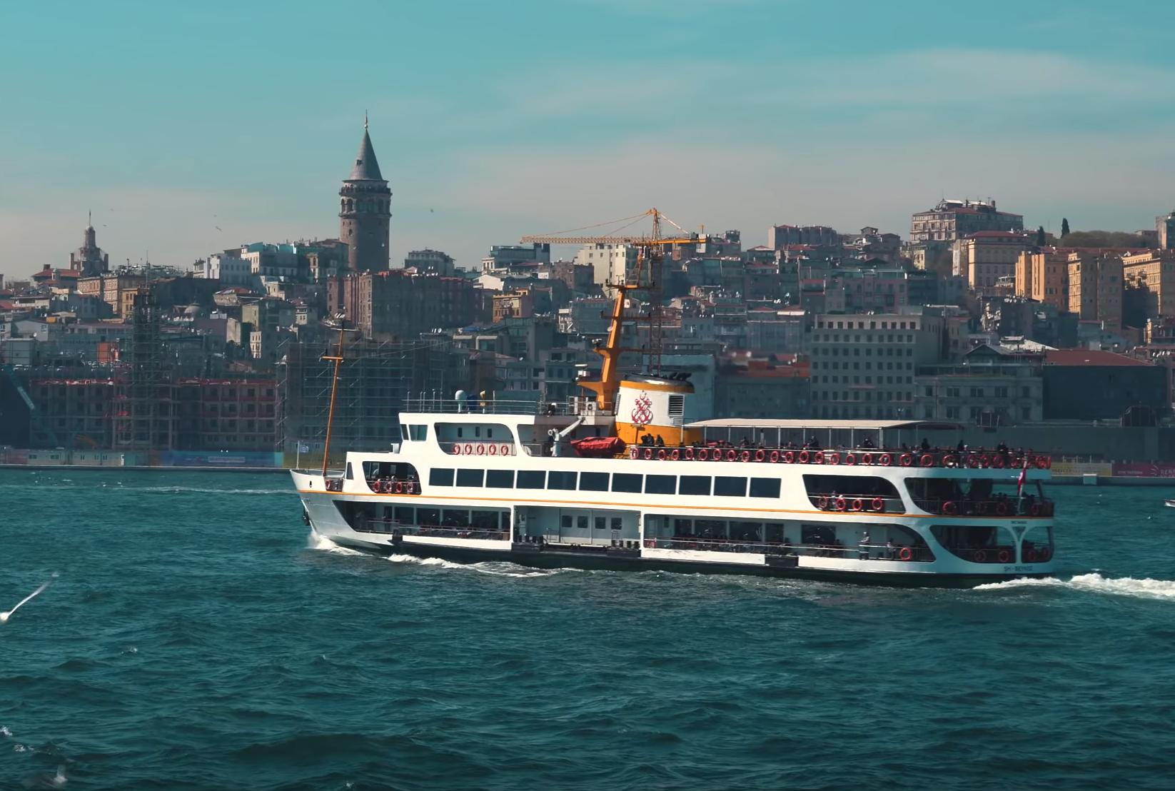 Прогулка на пароме в Стамбуле