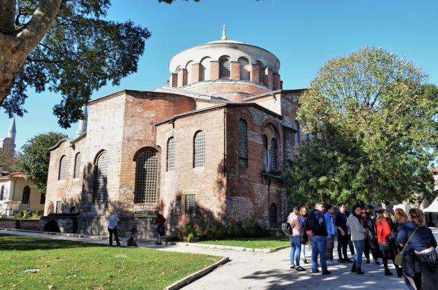 Какую одежду брать с собой в Стамбул в октябре