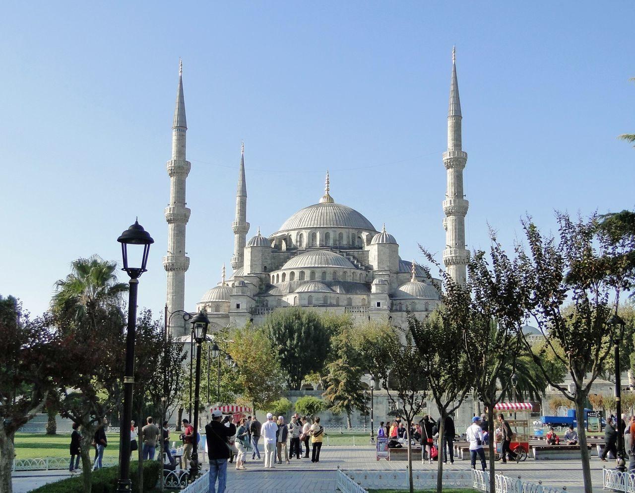Мечеть Султанахмет (Голубая мечеть) в Стамбуле