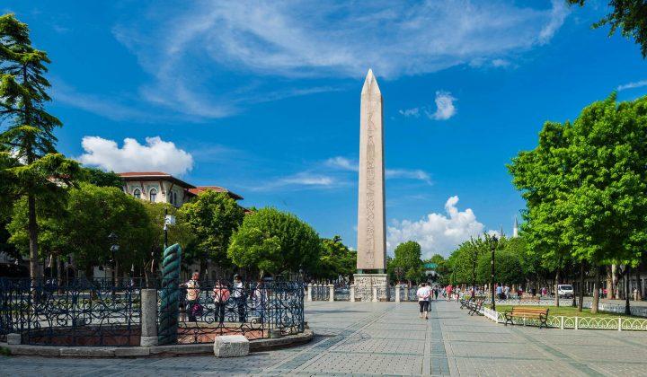 Площадь и мечеть Султанахмет