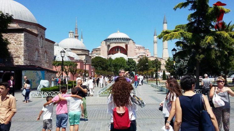 Как одеваться в Стамбуле в мае