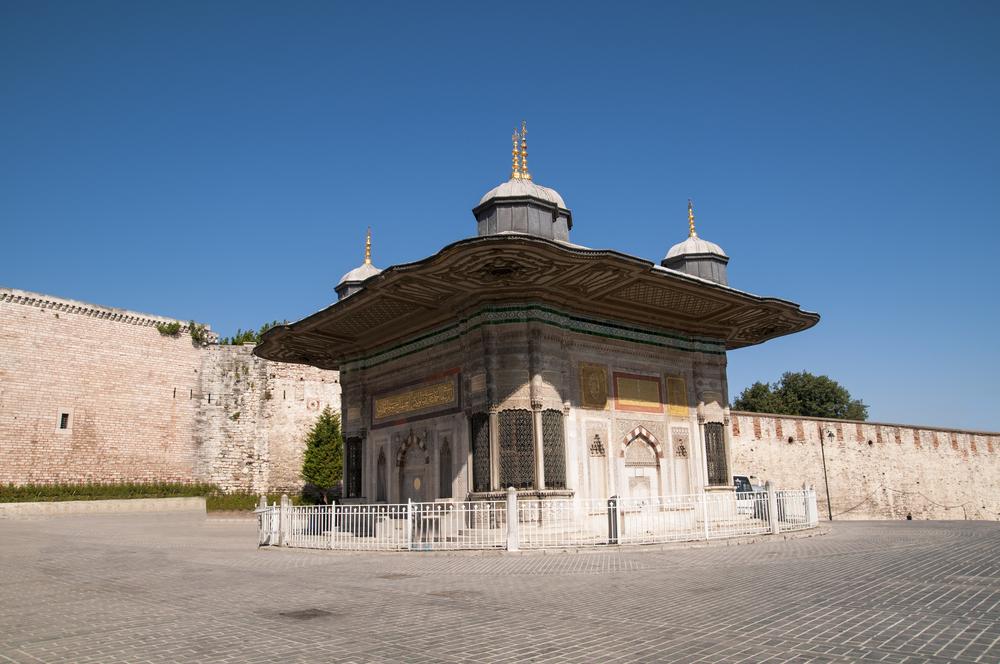 Куда сходить в Стамбуле в апреле