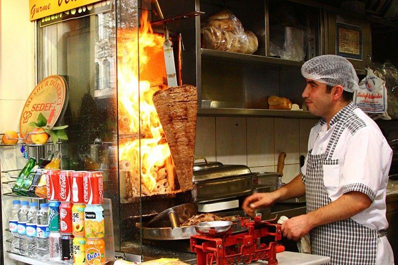 Где недорого попробовать кебаб в Стамбуле