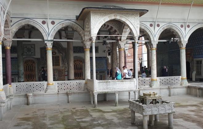 Дворец Топкапы внутри