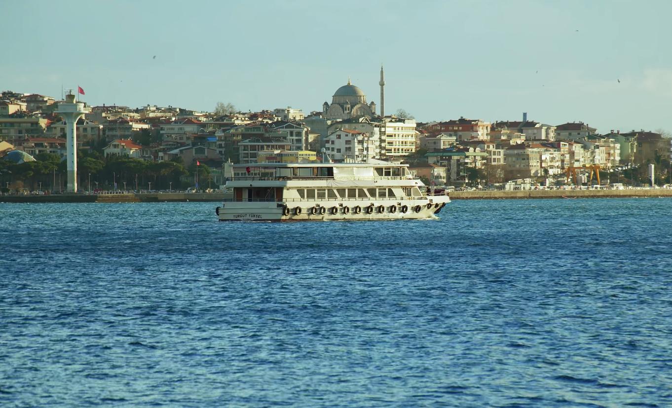 Прогулка на кораблике по Босфору с ужином
