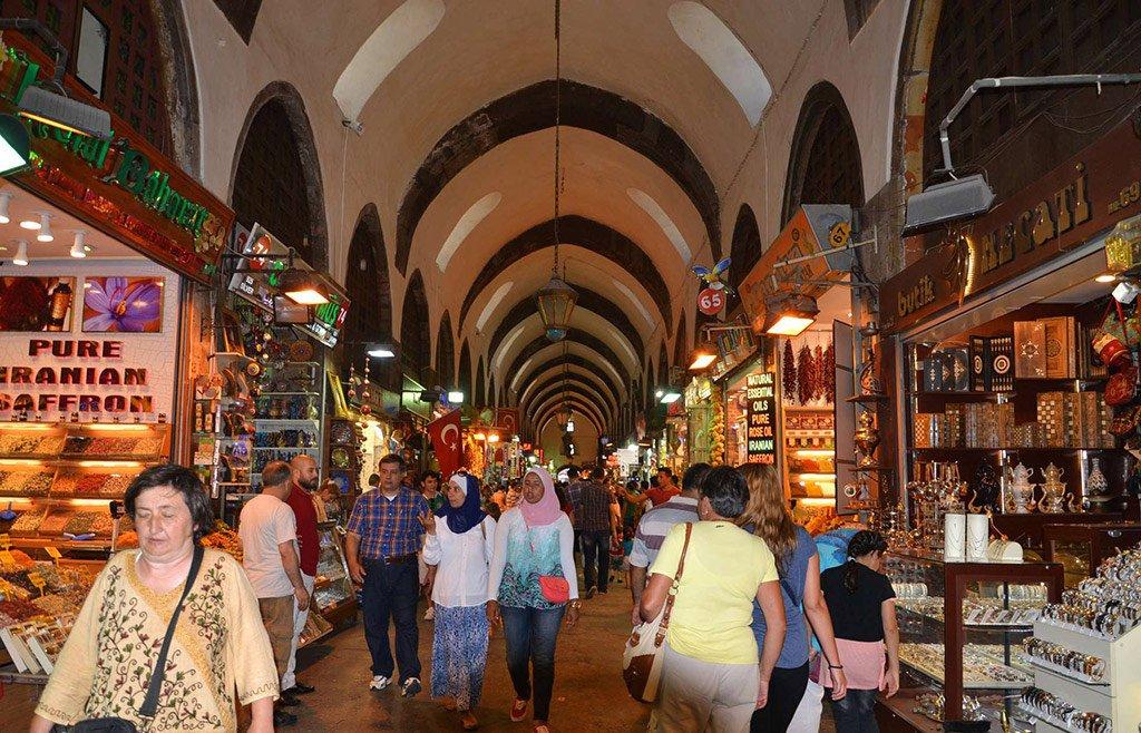 Рынок Лалели (Laleli) в Стамбуле