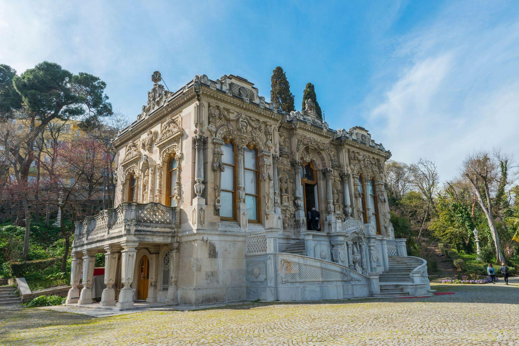 Дворец Ыхламур в Стамбуле (фотосессия)