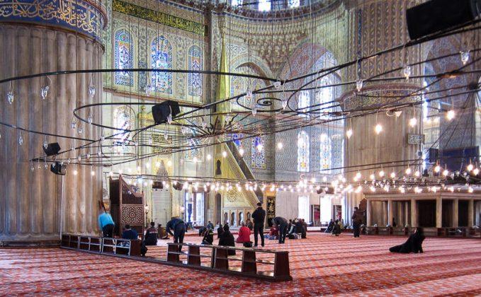 Голубая мечеть внутри