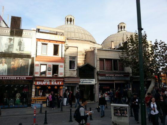 Чемберлиташ хамам в Стамбуле