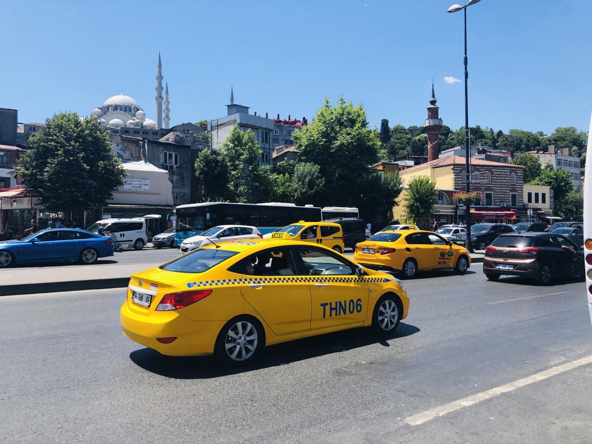 Как поймать такси в Стамбуле