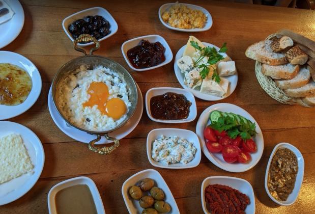 Ресторан Van Kahvaltı Evi в Стамбуле