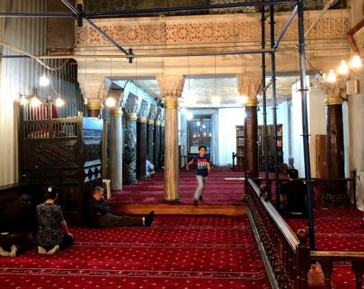 Мечеть Баезид внутри