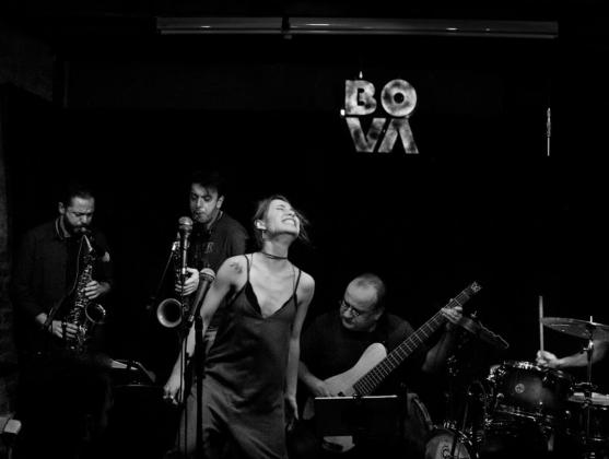 Bova Jazz Club в Стамбуле