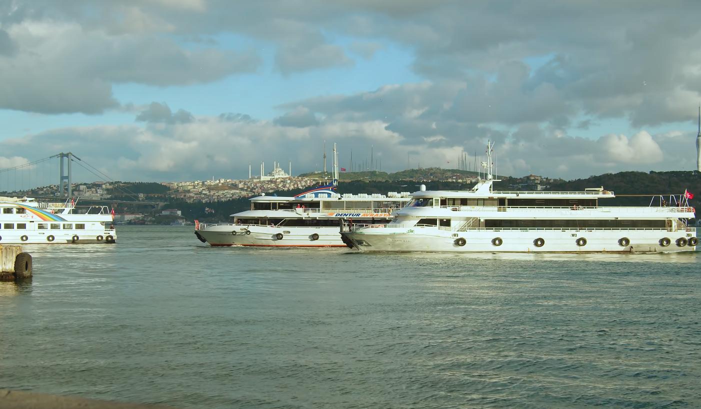 Сколько стоит проезд на пароме в Стамбуле
